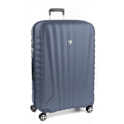 "32"" Spinner Luggage Blue"